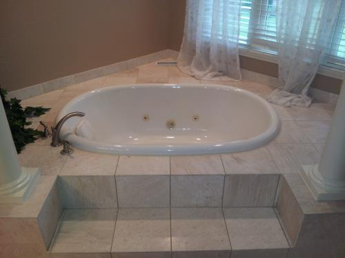 New Toilet and Jacuzzi Installation in Des Plaines, IL