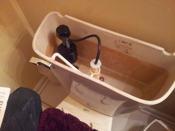 New fill valve and handle for toilet in Barrington, IL